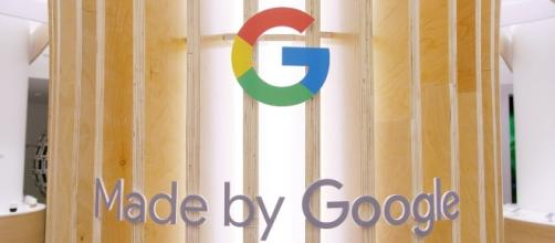 Google is opening pop-up stores in New York and LA to cater to buyers of their latest gadgets. | Credit (Marques Brownlee/YouTube)