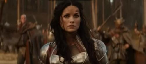 "Jaimie Alexander does not return as Lady Sif in ""Thor: Ragnarok."" (Photo:YouTube/Marvel Fanatic)"