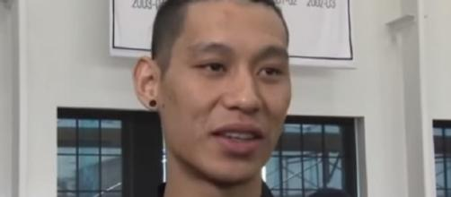 Jeremy Lin had 18 points and four assists against Pacers before he was injured. [Image Credit: YESNetwork/YouTube]