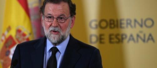 """Mariano Rajoy critica l'Europa: """"Non fa squadra nella lotta al ... - huffingtonpost.it"""