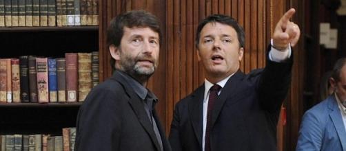 Matteo Renzi sembra voler indicare la via del Pd a Dario Franceschini, ma lui guarda dalla parte opposta