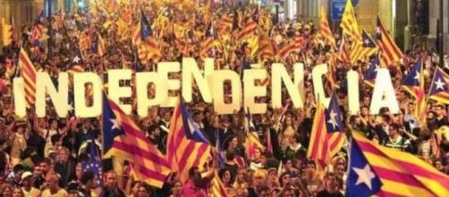 Ultime su Catalogna: sabato si avvierà procedura per l'applicazione dell'articolo 155