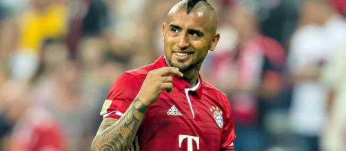 Watch Arturo Vidal hit a ludicrous trick shot in Bayern Munich ... - foxsports.com