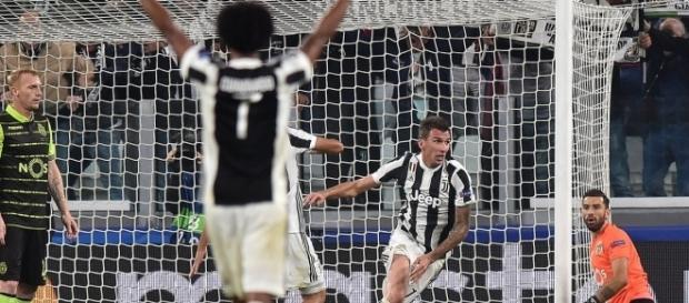 Mandzukic celebra su gol ante Sporting CP