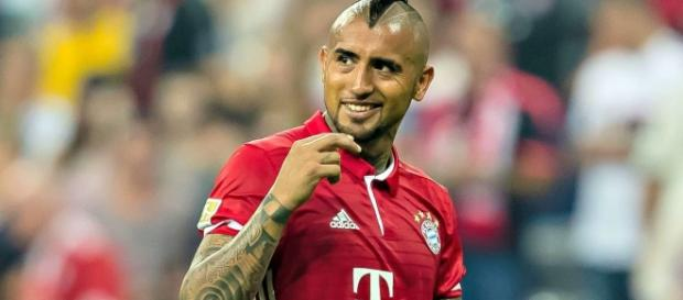 Watch Arturo Vidal hit a ludicrous trick shot in Bayern Munich ... - foxsports.com