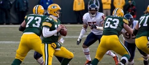 Breaking down Aaron Rodgers career dominance over Chicago Bears [Image by Mike Morbeck / Wikimedia Commons]