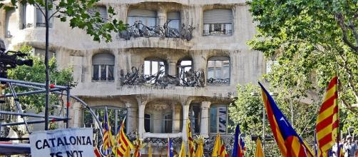 Catalan protest in Spain [Image Credits: SBA73/Wikimedia Commons]