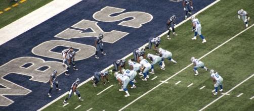 Cowboys offensive woes continue. [Image via Malanga/Wikimedia Commons]