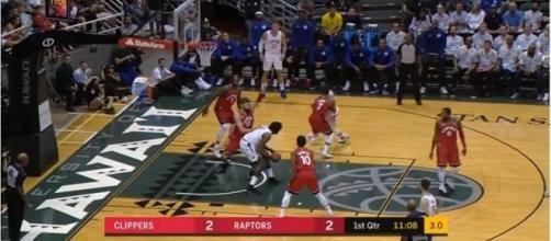The 2017/2018 NBA season will begin on October 17. [Image Credit: NBA/Youtube]