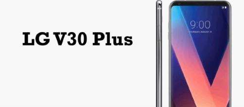 Sprint will exclusively offer the LG V30 Plus. [Image Credit: YouTube/Rohit Gupta]