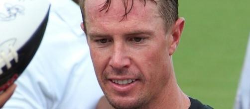 Matt Ryan looked bad. [Image via Thomson200/Wikimedia Commons]