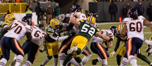 Packers have eclipsed Bears in wins for first time in 85 years [Image by Mike Morbeck / Wikimedia Commons]