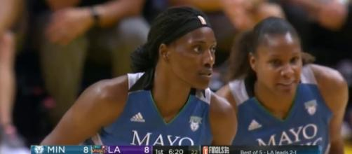 Sylvia Fowles had a double-double on Sunday night to help the Lynx defeat the Sparks 80-69 in Game 4 of the WNBA Finals. [Image via WNBA/YouTube]