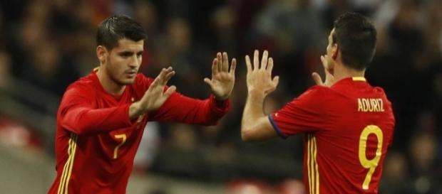 Aduriz cubre la baja de Morata en la delantera roja