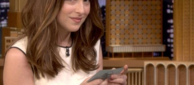 Dakota Johnson, (Image Credit: The Tonight Show Starring Jimmy Fallon/ YouTube)