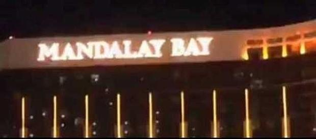 Las Vegas mass shooting from the Mandalay Bay hotel [Image: Mac cat/YouTube screenshot]