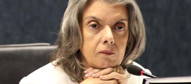 Presidente do STF, ministra Cármen Lúcia, irá tomar decisão sobre caso Aécio