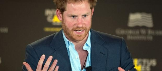 Prince Harry speaks during the 2016 Invictus Games Symposium [Image via Wikimedia Commons]