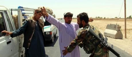 menos 43 muertos en un ataque talibán contra la base militar de ... - lavanguardia.com
