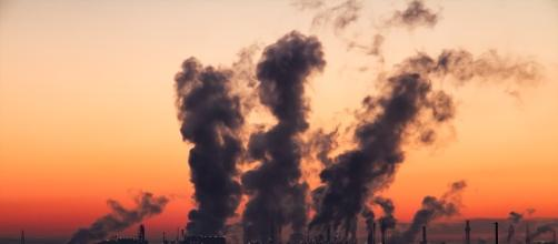 A study suggested that environmental pollution is killing at least 9 million people annually. [Image Credit: SD-Pictures, Pixabay]