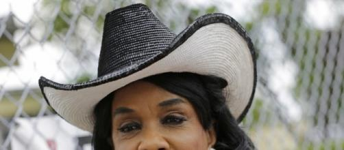 Commentary from Congress Member Frederica Wilson - American Urban ... - aurn.com