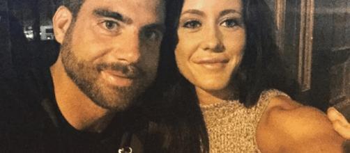 David Eason poses with wife Jenelle Evans. [Photo via Instagram]