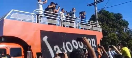 Jair Bolsonaro discurso em caminhão e comete gafe