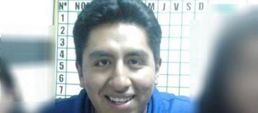 Grover Macuchapi irá responder processo por violação de corpo e atos obscenos (Foto: Reprodução / Facebook)