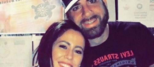 Jenelle Evans spends time with her husband. [Image Credit: Jenelle Evans/Instagram]