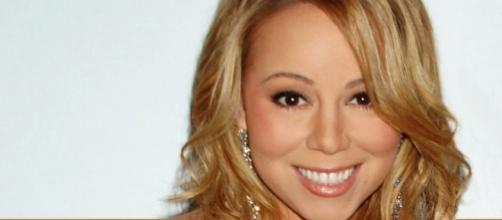 Mariah Carey has reason to be relieved since she was not home when burglars broke in. [Image Credit: Steve Gawley/Wikimedia]