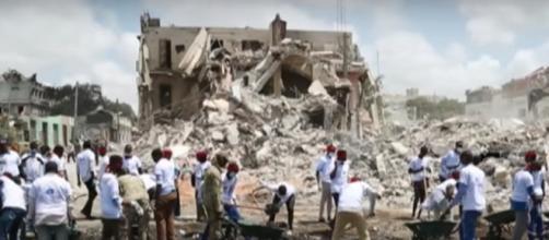 Mogadishu bombing death toll rises to 358 [Image via YouTube/Al Jazeera English]