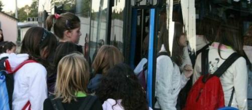 Studenti campani: per loro un abbonamento gratuito per i mezzi pubblici.