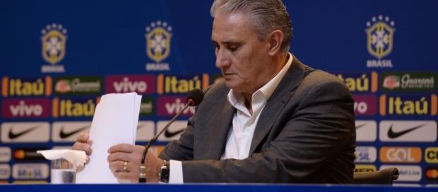 Com Diego na lista, Tite apresenta seleção para amistosos de 2017.