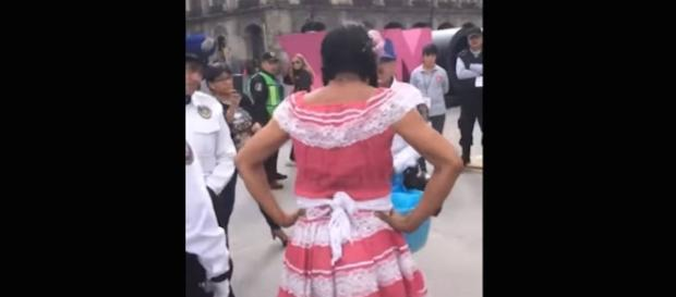 Discriminan a Lady Tacos en la Feria del Libro del Zócalo ... - com.mx