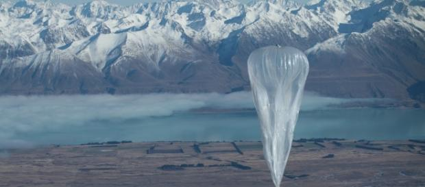Google floats balloon-powered internet network with Project Loon - newatlas.com