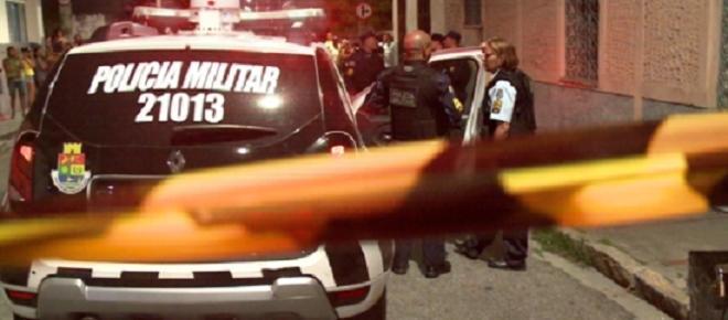 Menina de 12 anos é executada com 9 tiros e morre com bebê nos braços