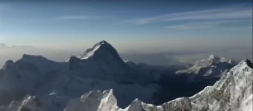 4 highest mountains in the world. [Image Credit:Jack Fox/YouTube]
