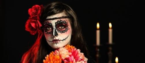 Organización de actividades en México en honor al Día de Los Muertos. - bancodeimagenesgratis.com