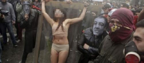 Castigos impostos a mulheres infiéis