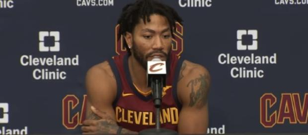 Derrick Rose will miss the Cavs' game vs. the Magic with an ankle sprain – [image credit: Ximo Pierto/Youtube]