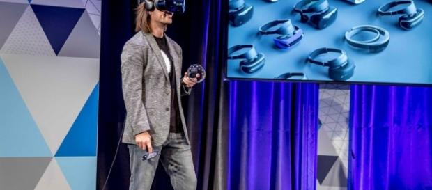 La presentazione dei dispositivi per la Windows Mixed Reality a San Francisco