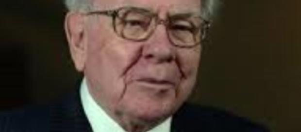 Warren Buffet, a financial phenomenon - Wikipedia commons