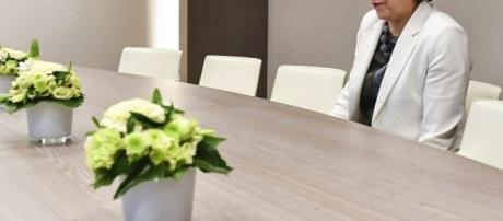 Forget fields of wheat, Theresa May sitting alone at a table is ... - shropshirestar.com