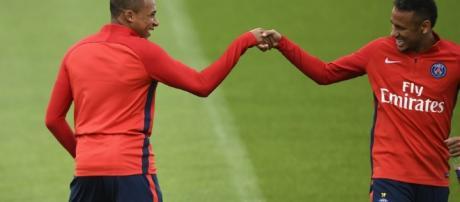 Metz/PSG - Les équipes officielles : Paris en 4-2-3-1 avec Mbappé ... - parisfans.fr