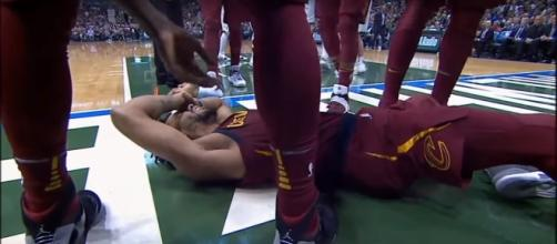 Derrick Rose went down Friday with a mild left ankle sprain -- MLG Highlights via YouTube