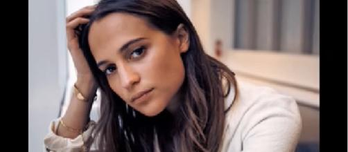 Michael Fassbender, Alicia Vikander get married in secret wedding ceremony-Image via:fiizzoxvidz/Youtube screenshot