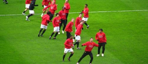 Players of Manchester United prematch warmup (Image: UEFA/Wikimedia Commons)