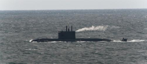 Russia's stealth submarine chased by US warships. [Image Credit: Pyry/Flickr]