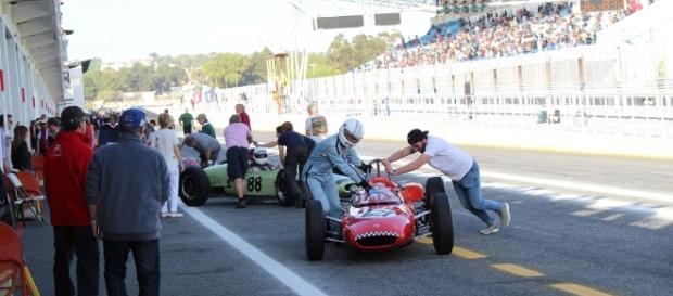 Muita ação nas boxes durante as corridas