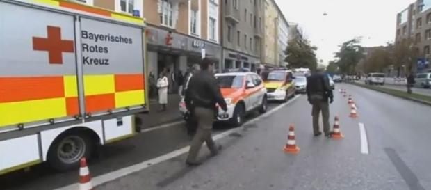 Munich police arrest suspect in stabbing of eight people on Saturday. [Image credit: Euronews (in English)/YouTube]